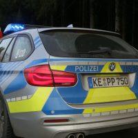 2019-12-18_Unterallgaeu_Kirchhaslach_Unfall_Pkw-Baum_Feuerwehr_Poeppel_IMG_2889