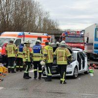2020-02-20_A96_Aitrach_Memmingen_Unfall_FeuerwehrBX4A1267