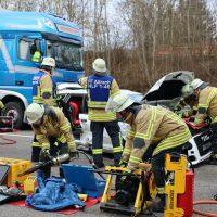 2020-02-20_A96_Aitrach_Memmingen_Unfall_FeuerwehrBX4A1271