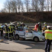 2020-02-26_A96_Stetten_Erkheim_Unfall_Feuerwehr_Bringezu (11)