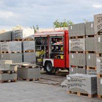 2020-04-28_Unterallgaeu_Lauben_Brand_Industrie_Paletten_Feuerwehr_Bringezu_FDDF8E9E-24DC-4CA8-AF03-486D260A4808