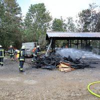 2020-07-25_Oberallgaeu_Weitnau_Untereinoeden_Brand-Stadel_Feuerwehr_Bringezu_IMG_2228