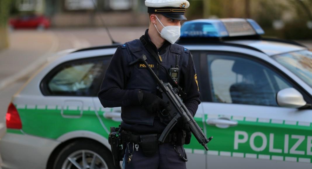 2021-05-07_Memmingen_Impfzentrum_Drohung_Polizei_Poeppel_IMG_8618