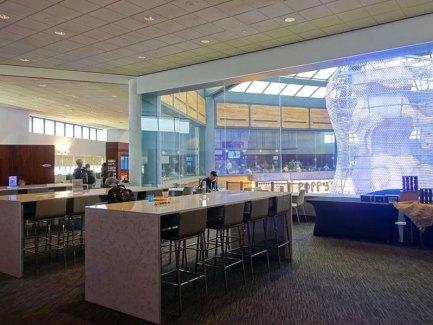 United Club Newark Airport - Terminal C