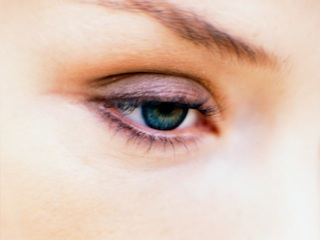 Eye Cream And Concealer: How To Properly Wear Them Together featured image