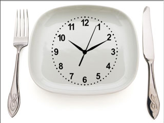 Eat On A Schedule To Ease Your Weight Loss Woes featured image