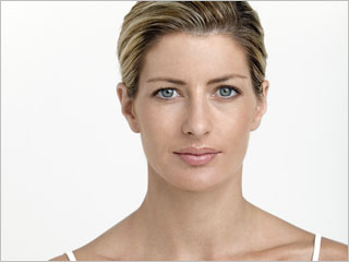 A Facelift And Lasers For Comprehensive Rejuvenation Results featured image