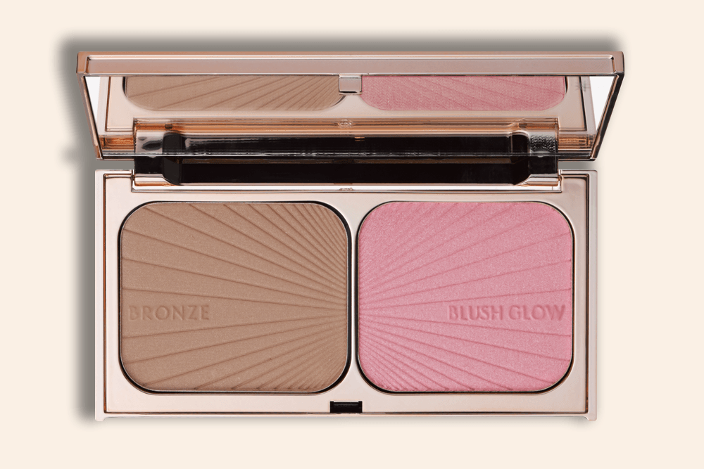 This New Blush-Bronzer Duo Successfully Fakes a Sun-Kissed Glow on the Coldest of Days featured image