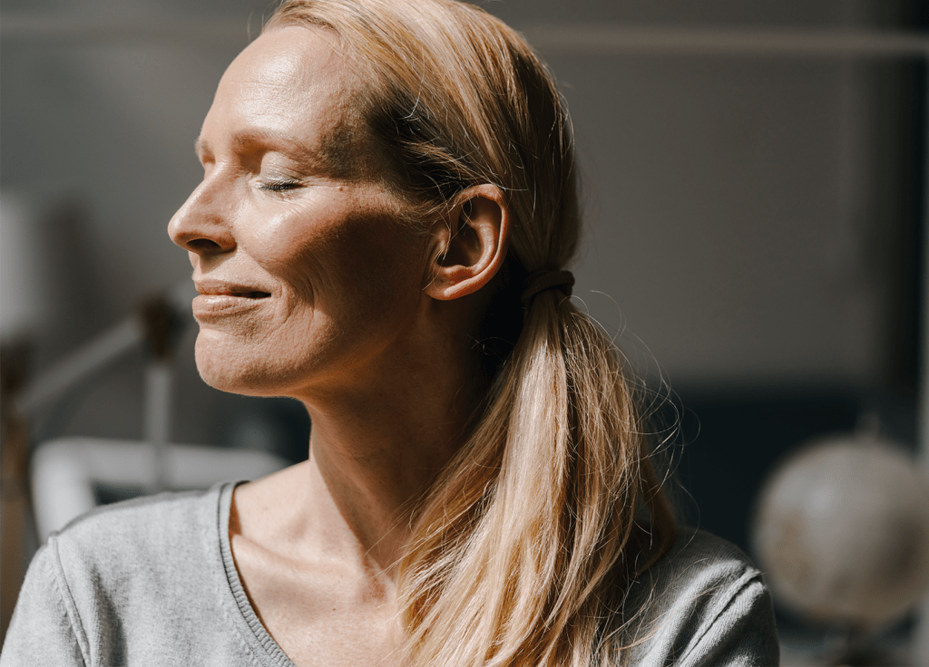 How Filling Your Mid-Cheek Area May Hold the Secret to Looking Younger featured image