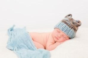 Neugeborenenfotos Wien Baby Fotos Kinderfotos Babybauchfotos Familienfotos Newborn Wien Baby Kinder kinder-kram