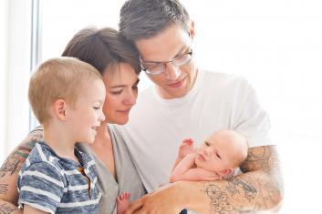 Familienfotografie Wien Newbornshooting Wien Neugeborenenfotos Newbornshooting Wien Babyfotos