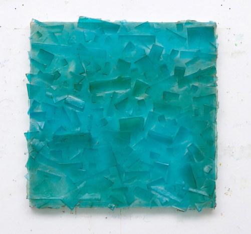 Dudi Maia Rosa, untitled, 2016, pigmented polyester resin and fiberglass, 126 x 125 cm/Photo: Felipe Bertarelli