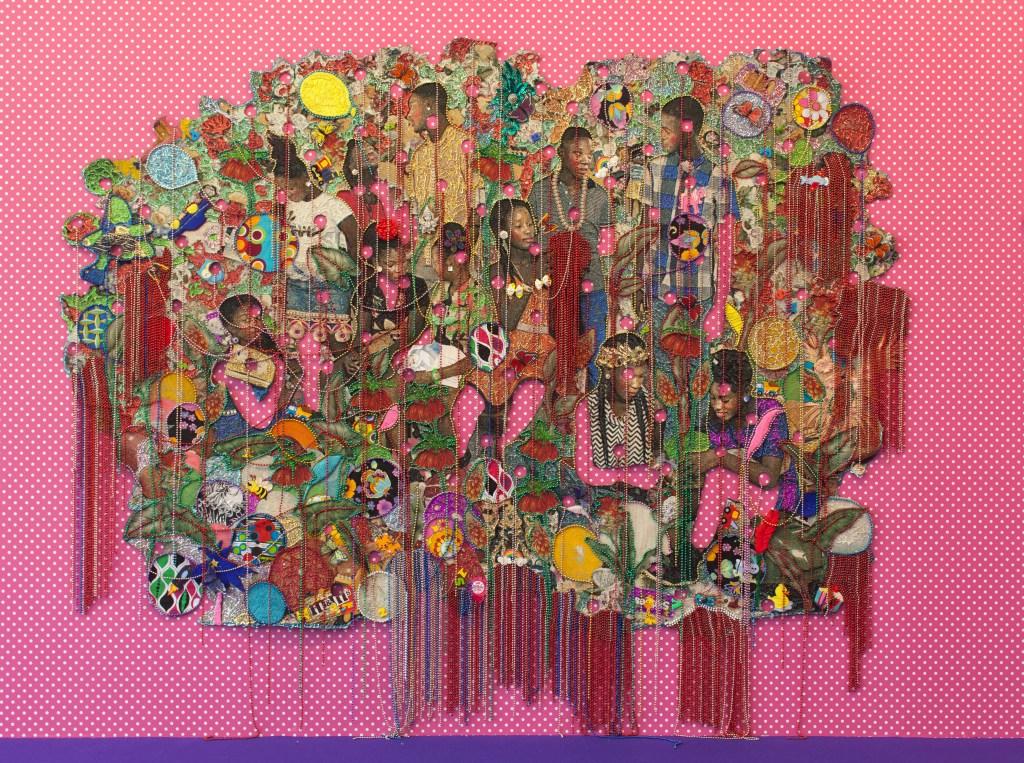 Obras de Ebony G. Patterson durante a montagem da 32a Bienal de São Paulo. 26/08/2016 © Pedro Ivo Trasferetti / Fundação Bienal de São Paulo