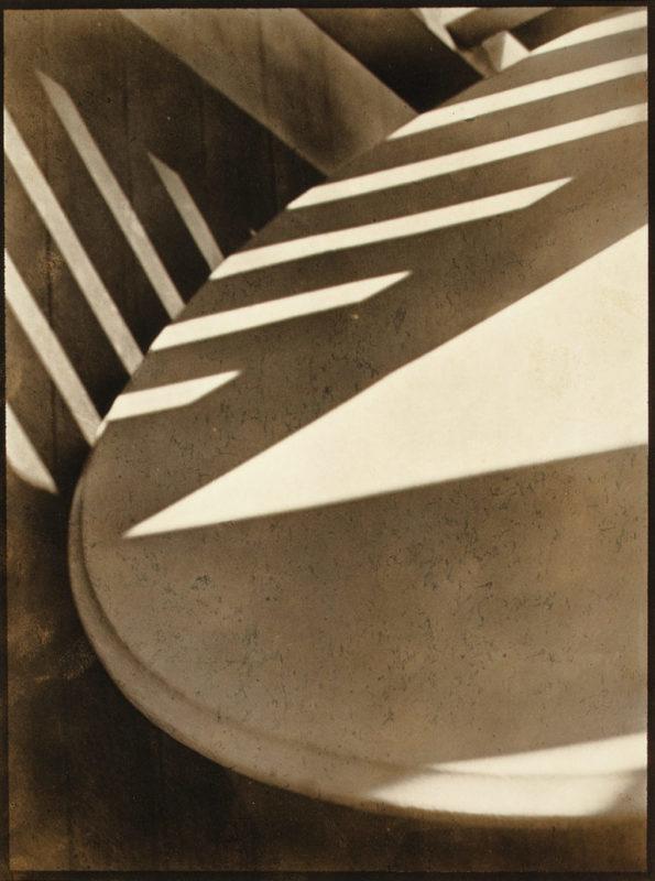 Porche-Shadow-Paul-strand-1916