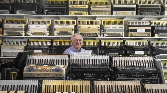 Hartford Courant Visits New England Accordion Museum Paul Ramunni