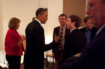 800px-Zuckerberg_meets_Obama_0.jpg
