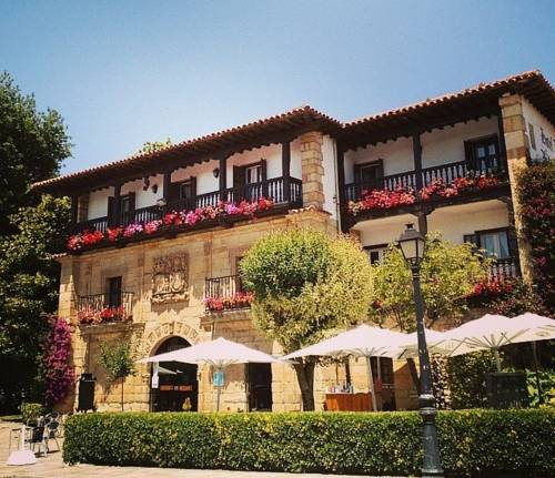 Hotel Los Infantes Coupons