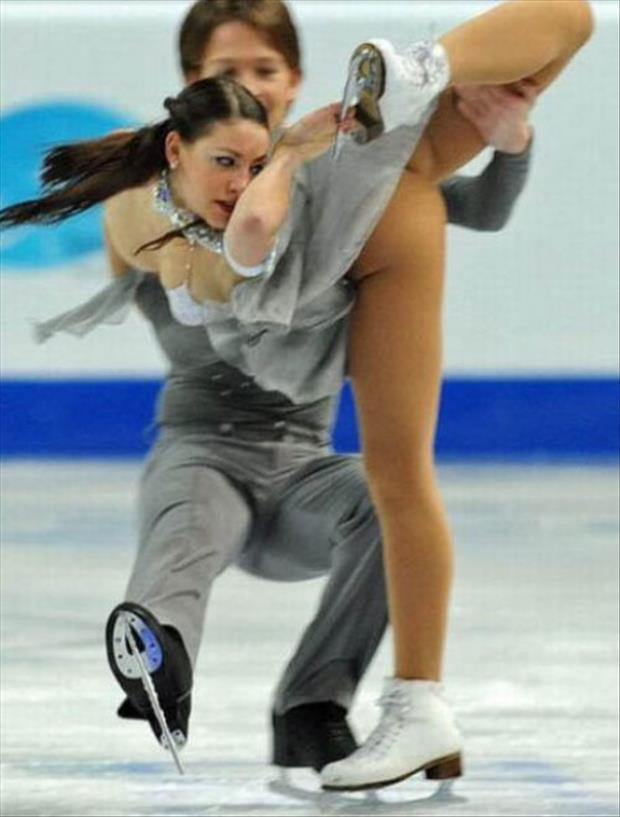 funny-olympic-figure-skating-pictures-4