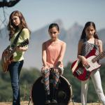 """Drei kleine Mädchen covern Metallicas """"Enter Sandman"""""""