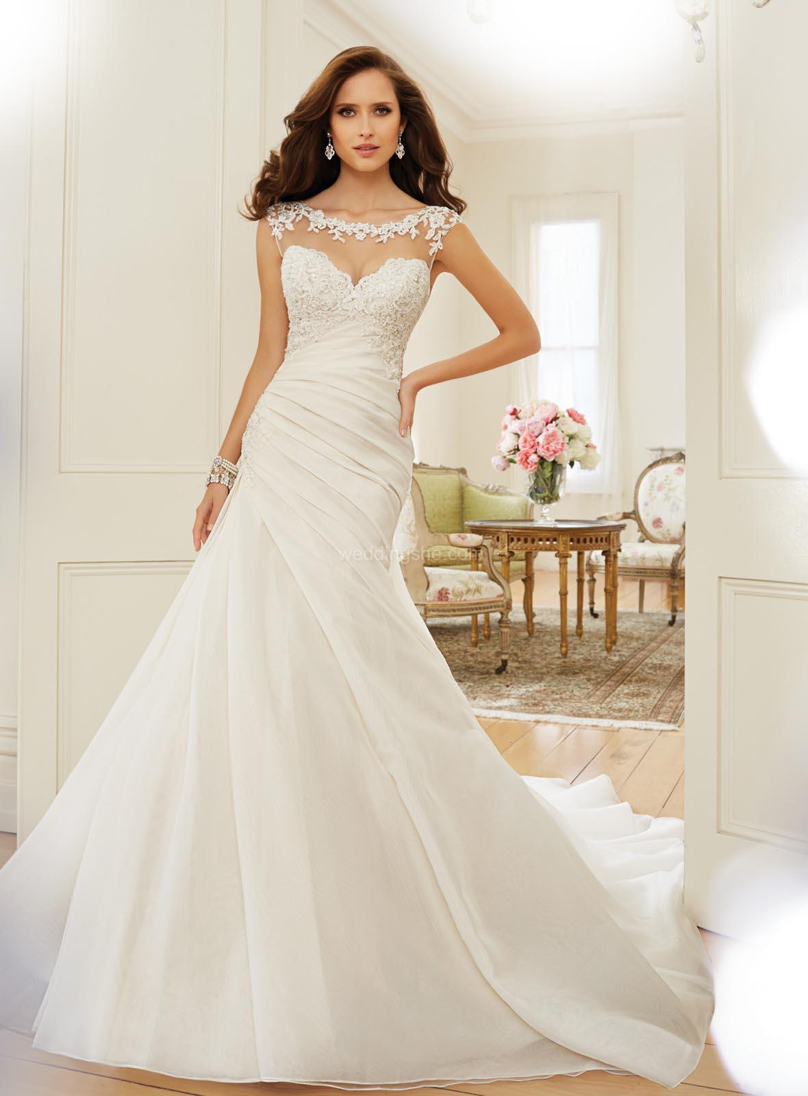 Indian Wedding Gowns Online 48 Superb Wedding Gowns and Bridesmaid