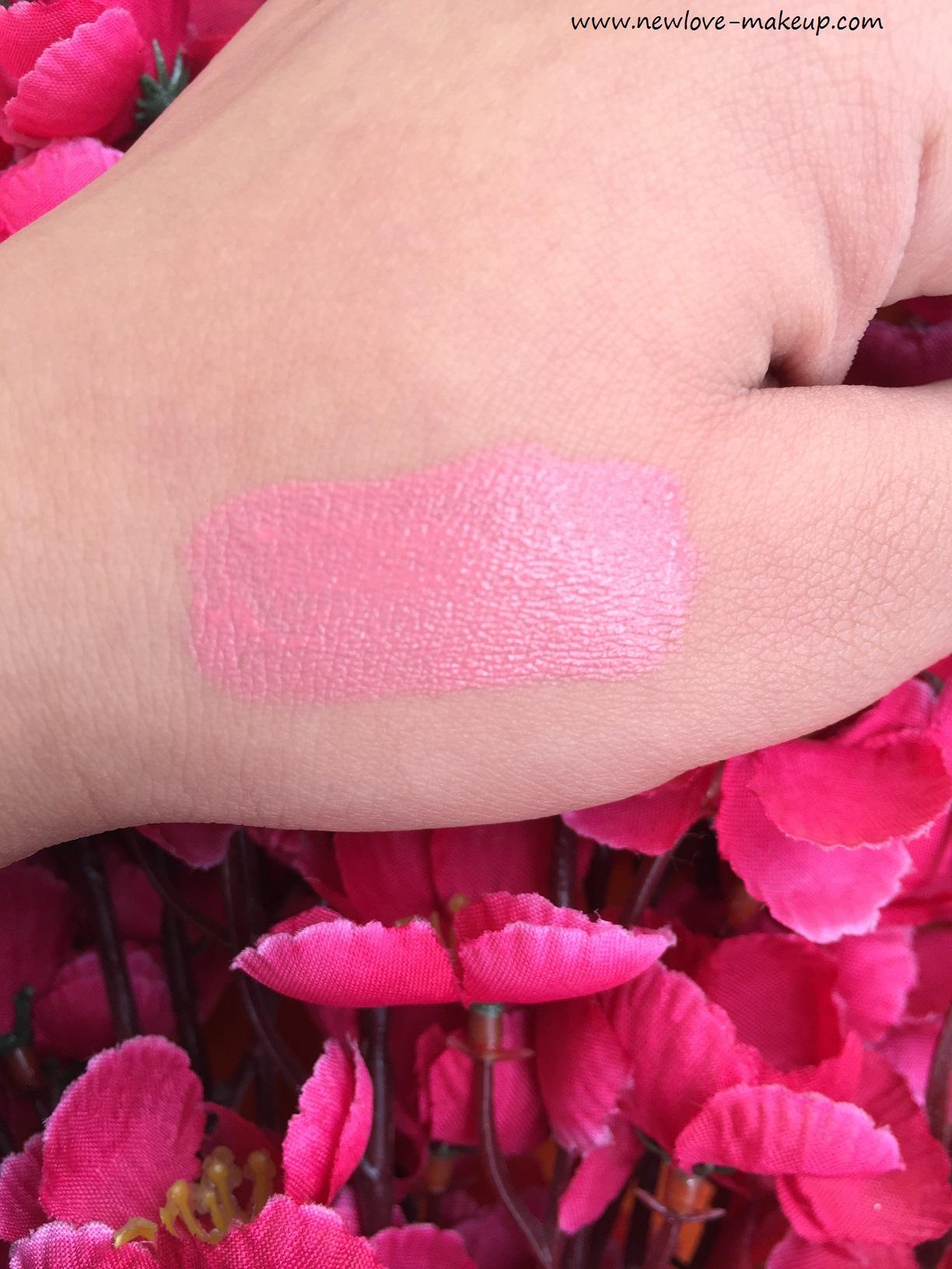 Essence xxxl long lasting lip gloss matt effect velvet rose review essence xxxl long lasting lip gloss matt effect velvet rose review swatches izmirmasajfo