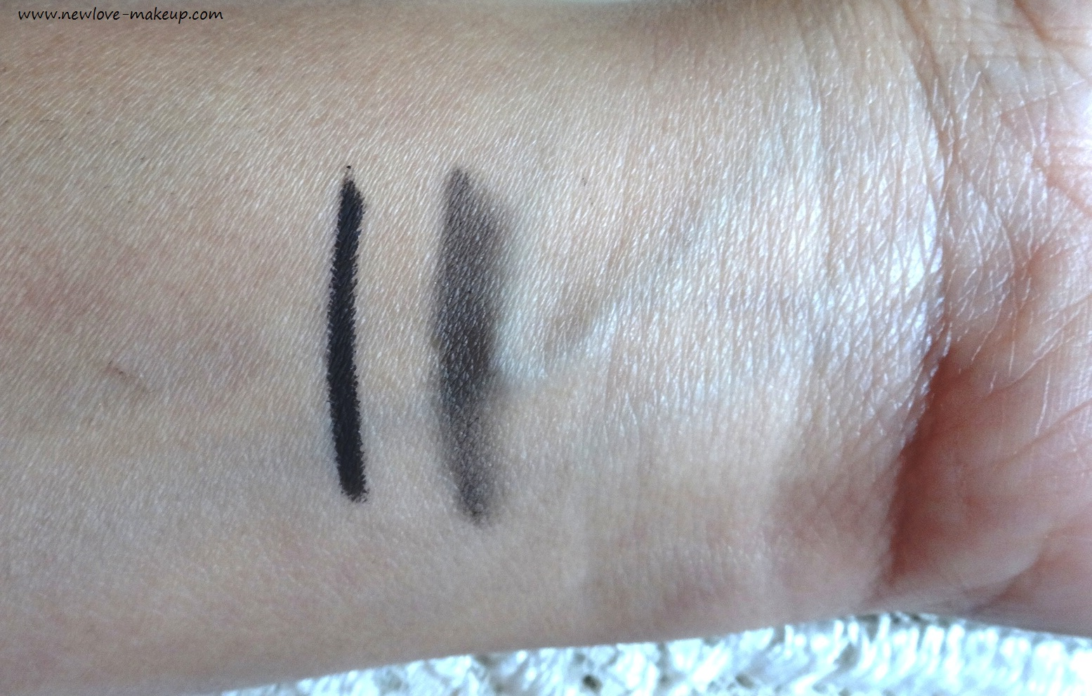 RIMMEL LONDON Exaggerate Waterproof Eye Definer 26 Noir Review, Swatches