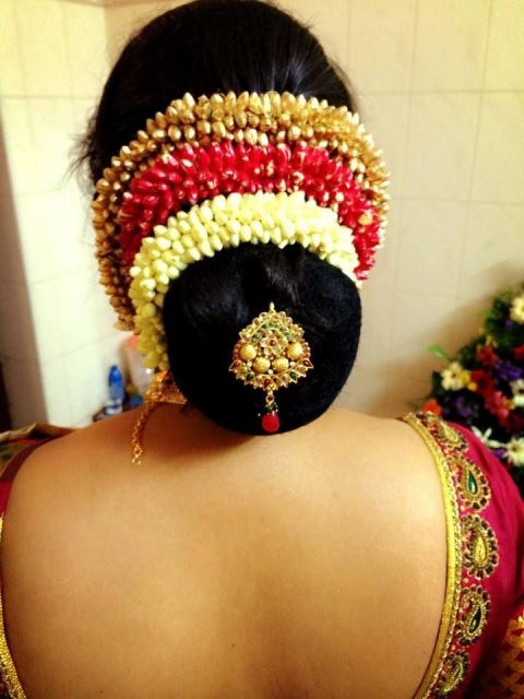 10 Gajra Hairstyles To Try On Your Wedding Day New Love