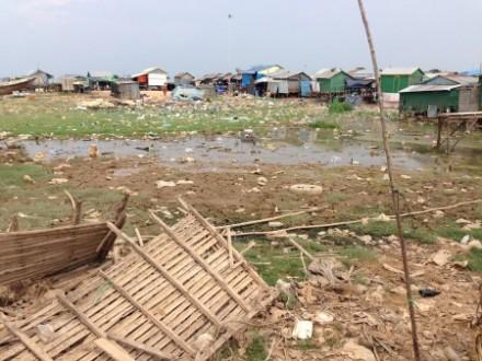 Livelihoods on the Tonle Sap lake are increasingly precarious. Photo: Sarah Milne