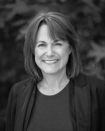 Nancy Newman Headshot