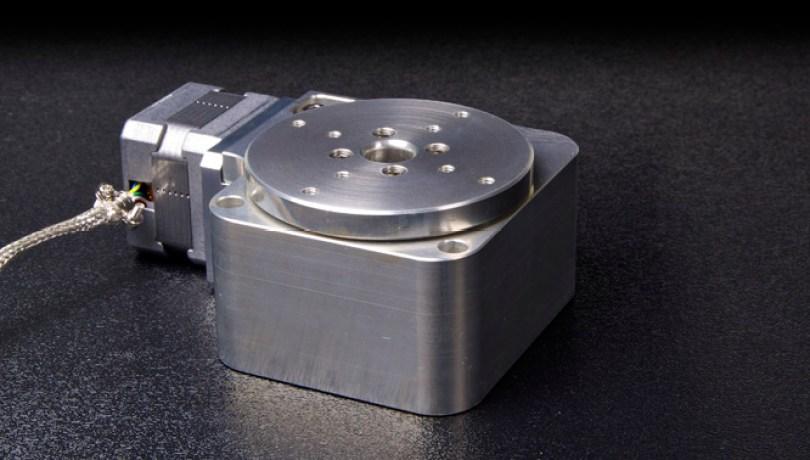 rm-3-vacuum-rotary-stage-1_1