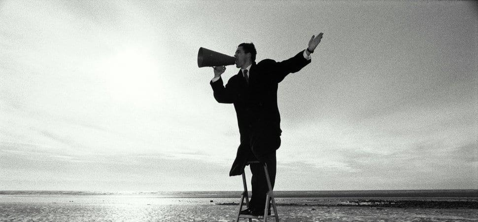 "Gary Vaynerchuk says <i>""bullshit reporting over common sense""</i> is killing marketing"