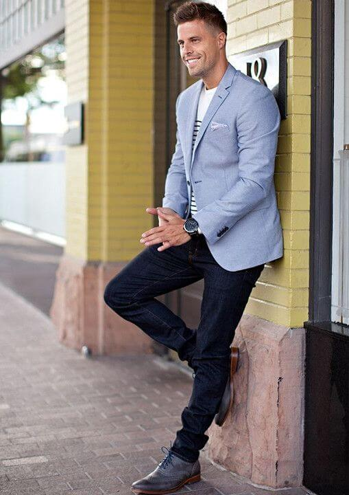 The Light Blue Blazer With Jeans For Men