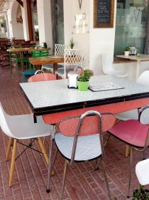 Eames im Design Cafe Ibiza