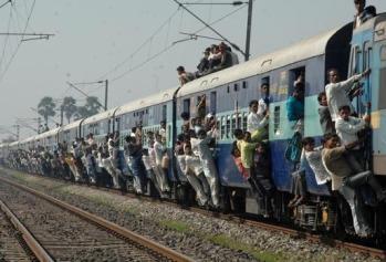 special-trains_rush-in-festival-season