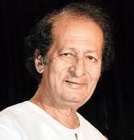 Prafulla Kar Got the Prestigious Padma Shri Award from Pranab Mukherjee