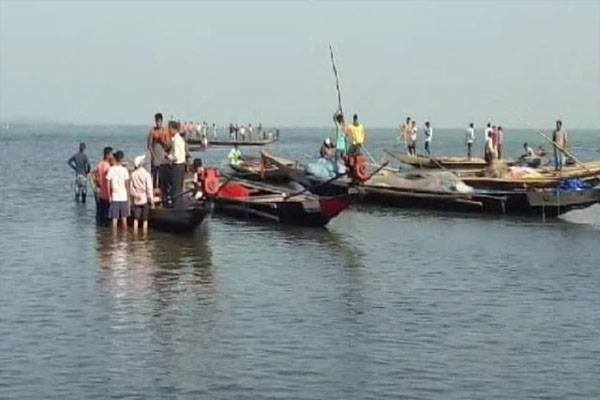 Boat Capsizes in Mantei river; all 30 people Saved