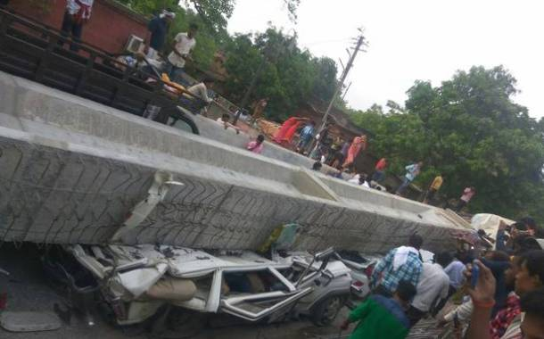 Under Construction flyover collapses in Varanasi : 15 dead & many trapped