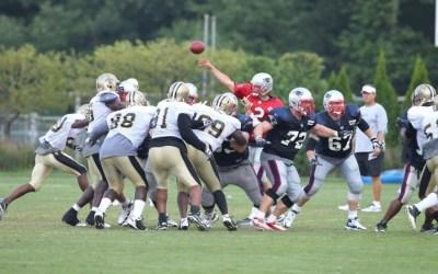 Saints træner sammen med Patriots