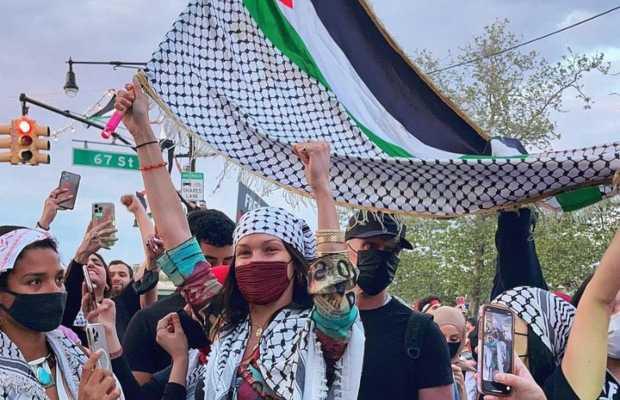 Gigi hadid address leaked After Bela Hadid Protested against Israel