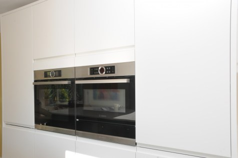 Bosch Serie 8 Pyrolitic Oven and Combination Oven