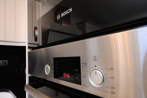 Bosch Serie 6 Pyrolitic Oven