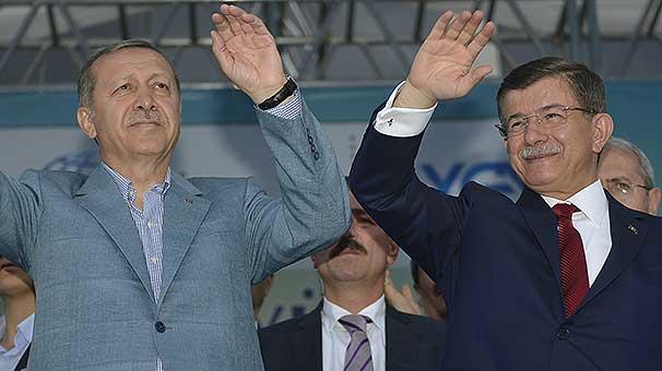 Президент и премьер посетят Сербию и Саудовскую Аравию