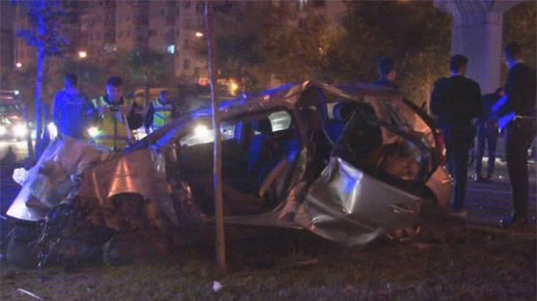 ДТП в Измире: 2 полицейских погибли, 3 — в больнице