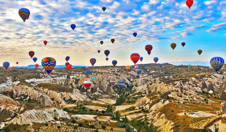 Шары Каппадокии поднялись в воздух спустя 159 дней