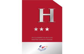 Panonceau-classement-hôtel-3-étoiles---630x405---©-Atout-France_article_content_paysage