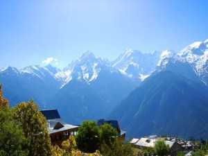 Best Tourist Places in Himachal Pradesh one of the most visited and adored States by voyagers, otherwise called the Best Tourist Places in Himachal Pradesh.