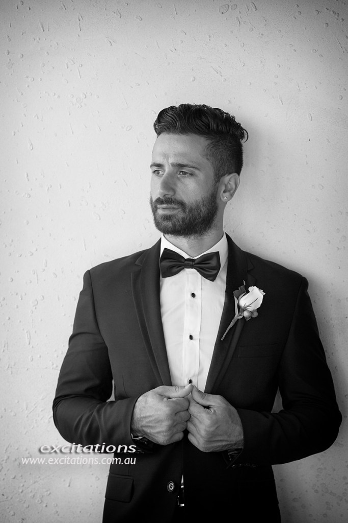 Formal portrait of groom dress ready to attend his weding. Mildura wedding phots by Excitations.