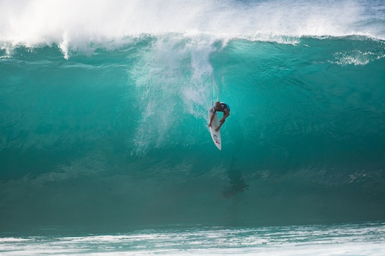 Kelly Slater Wins Pipe Masters