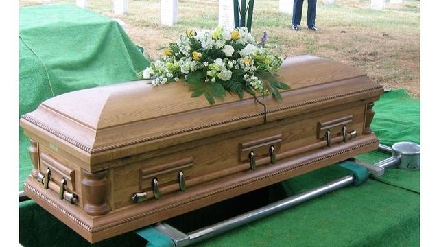 Coffin_1537789841055.jpg