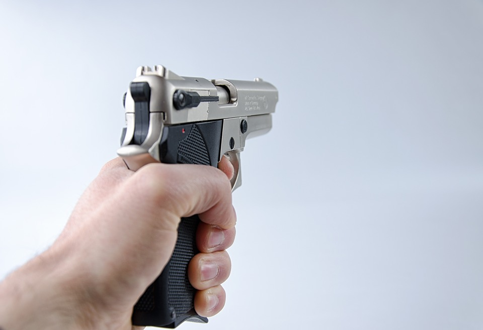 Pistol_681004